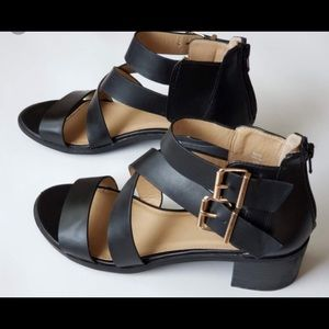 American Eagle black two buckle sandal, NWOT